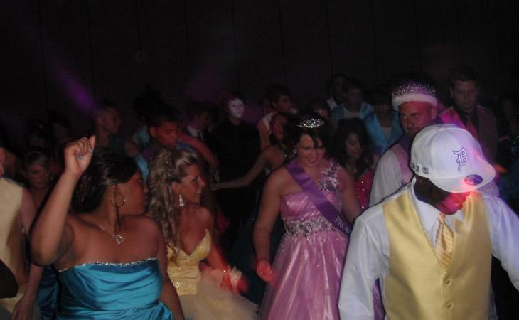 prom dance high school