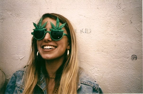 WEED-GLASSES