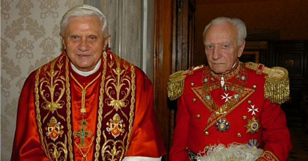 The Grandmaster of the Priory of Sion, Baron Louis-Édouard du Bellay, met publicly with Pope Benedict XVI in 2011, to try to negotiate a truce between his organization and the Vatican. The document published yesterday, suggests that the negotiations failed and that the Holy See is winning the war.
