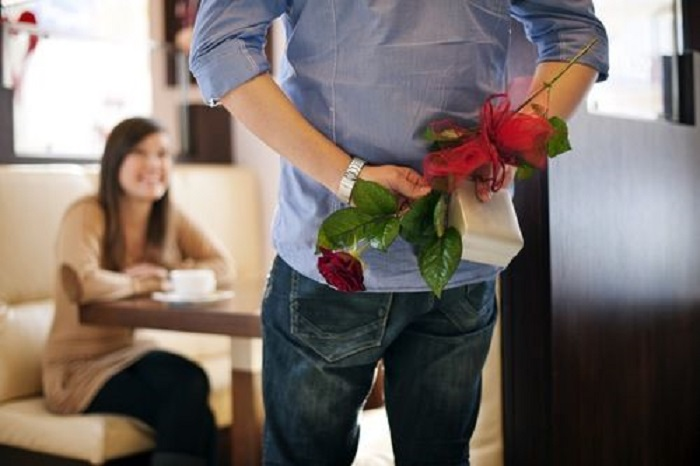 buy gifts for lover