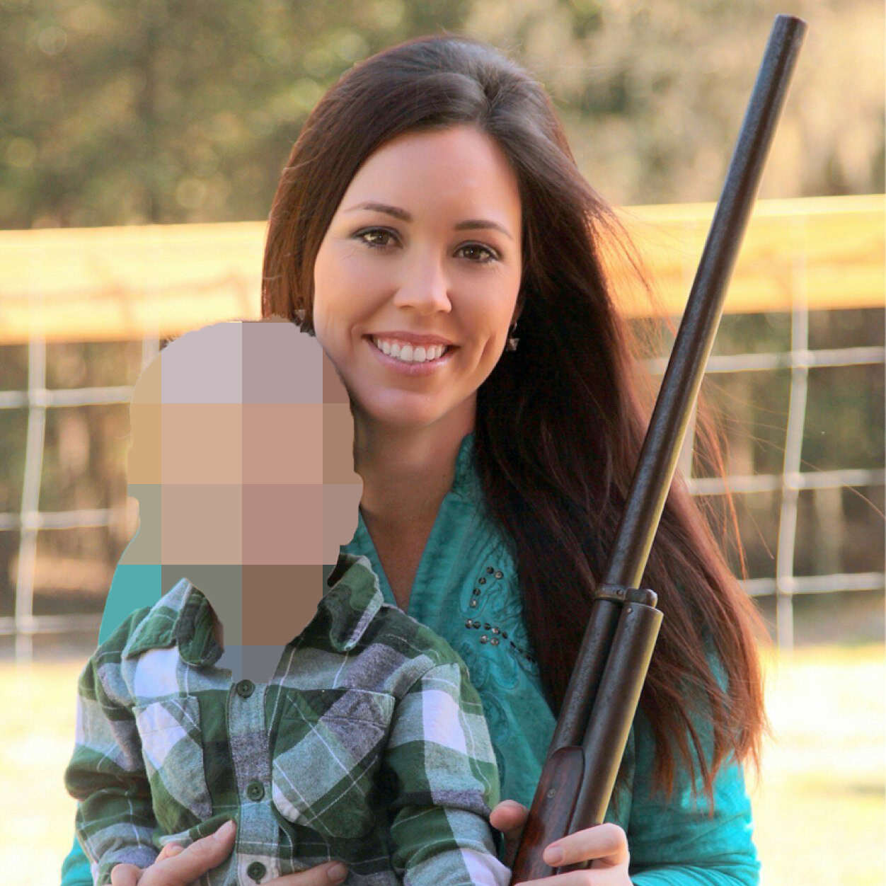 Gun posrter girl