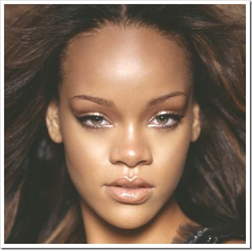Rihanna head